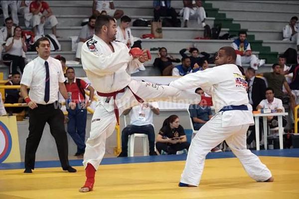 Ulises Tinoco logró tercer lugar  en Cartagena, Colombia
