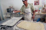 Mermó notoriamente producción del pan de muerto  tradicional