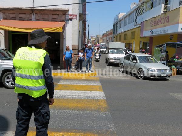Piden mayor participación de peatones en cumplimiento de Reglamento de Tránsito