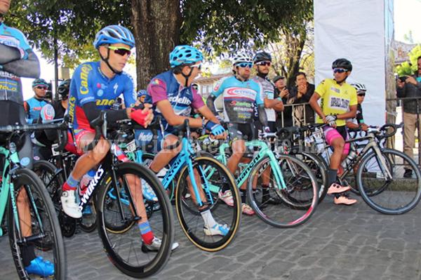 Legión colombiana domina 5a etapa de la Vuelta Internacional Ciclista Michoacán 2018