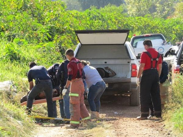 Hallan 2 cadáveres baleados en Chaparaco