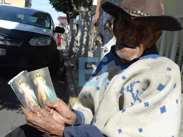 """""""Autocritica, ausente en sociedad zamorana"""": Obispo Javier Navarro"""