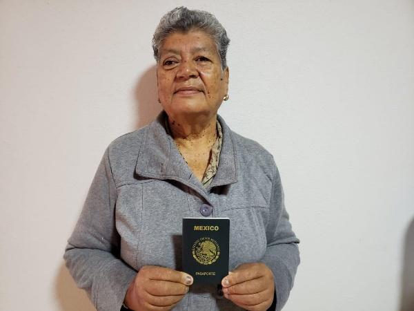 Continúa labor de trámites de pasaportes en Ecuandureo vía coordinación municipal