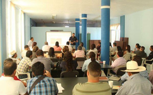 Realizan en Jacona primera evaluación del plan de desarrollo