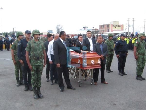 Despiden con honores a capitán Daniel Torres Hernández