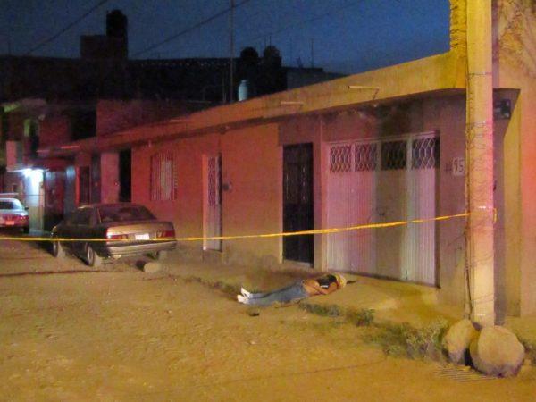 Joven mujer es asesinada a balzos en la Valencia Segunda Sección