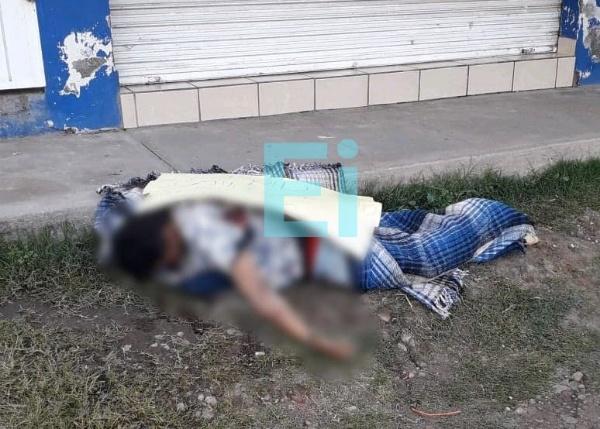 Localizan en Zamora cadáver encobijado y con narcomensaje