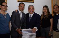Reduce Gobierno de Michoacán deuda pública