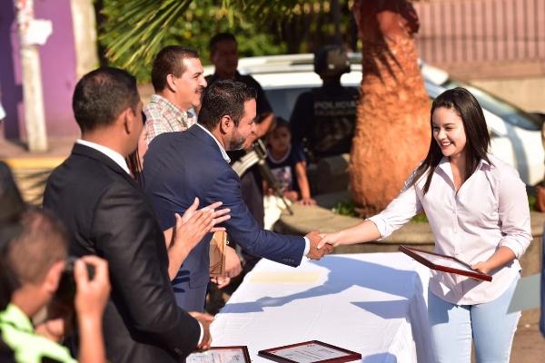 Gobierno municipal conmemoró el día del trabajo con acto cívico en Jacona