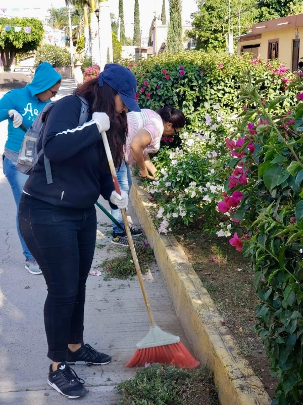Realizan programa vecinal Miércoles Contigo en El Colesio Ecuandureo