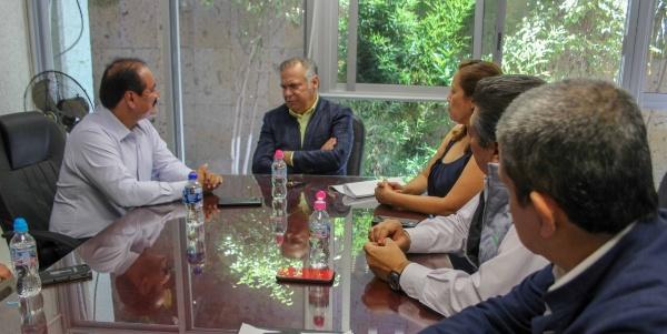 Alcalde pide al Delegado del IMSS más inversión en Zamora