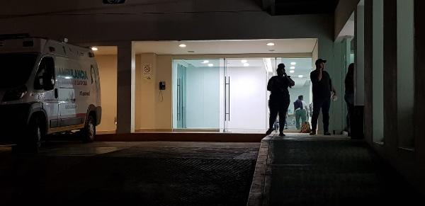 Hombre muere en el IMSS tras ser baleado en el Centro de Jacona