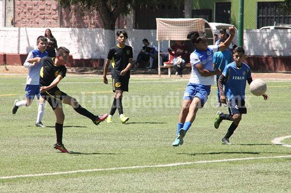 """Escuela de futbol """"Jesús Dueñas"""" sufrió pero consiguió sumar en el Torneo de Copa"""