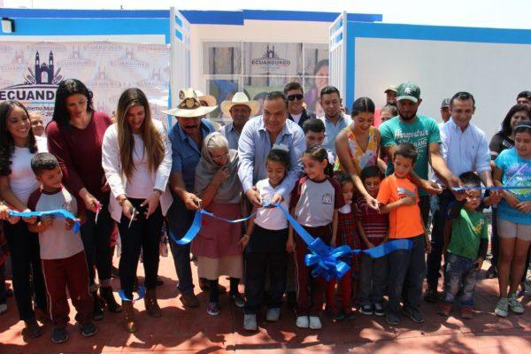 Inauguran unidad médica de salud comunitaria y de medicina preventiva en Ecuandureo