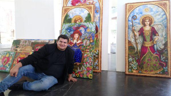 Artista internacional impulsa el talento de artesanos michoacanos