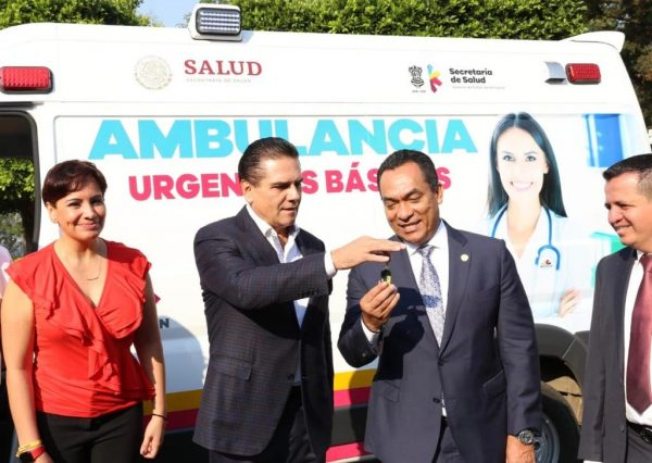 Entrega Gobernador ambulancia a Unidad Antisecuestros
