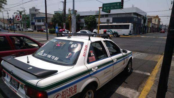 Contemplan capacitación  de taxistas para mejorar circulación y atención al usuario