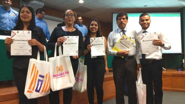Alumnos del Tec Zamora ganan medalla de oro en Maratón Fiscal