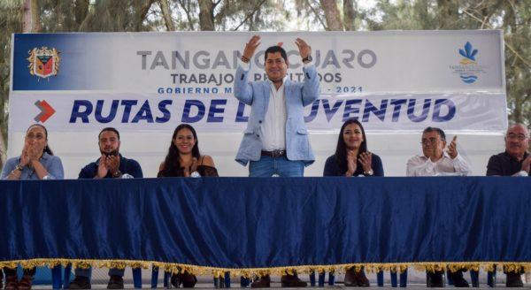 Gobierno de Tangancícuaro a favor de fortalecer el tejido social
