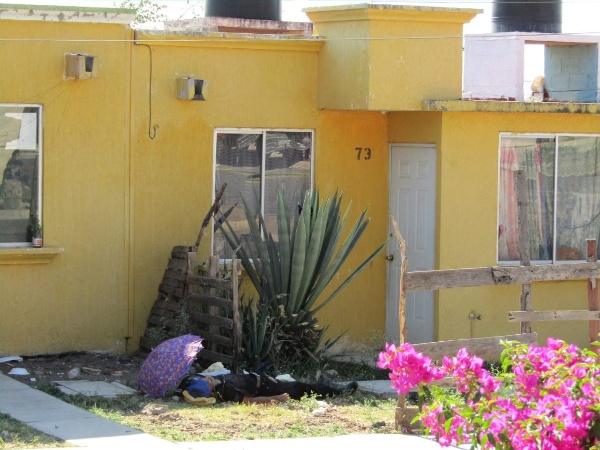 Hombre desconocido es asesinado en Ario de Rayón
