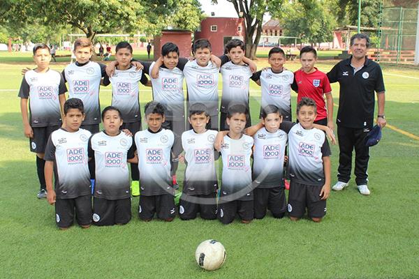 """Escuela Municipal """"Carlos Sebille"""" tundió al golear 4-1 a Chilchota"""