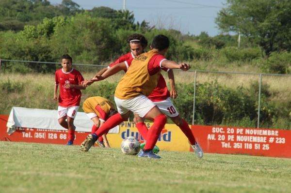 Soberano Zamora FC tenía en la lona a Reboceros de La Piedad cuando suspendieron juego