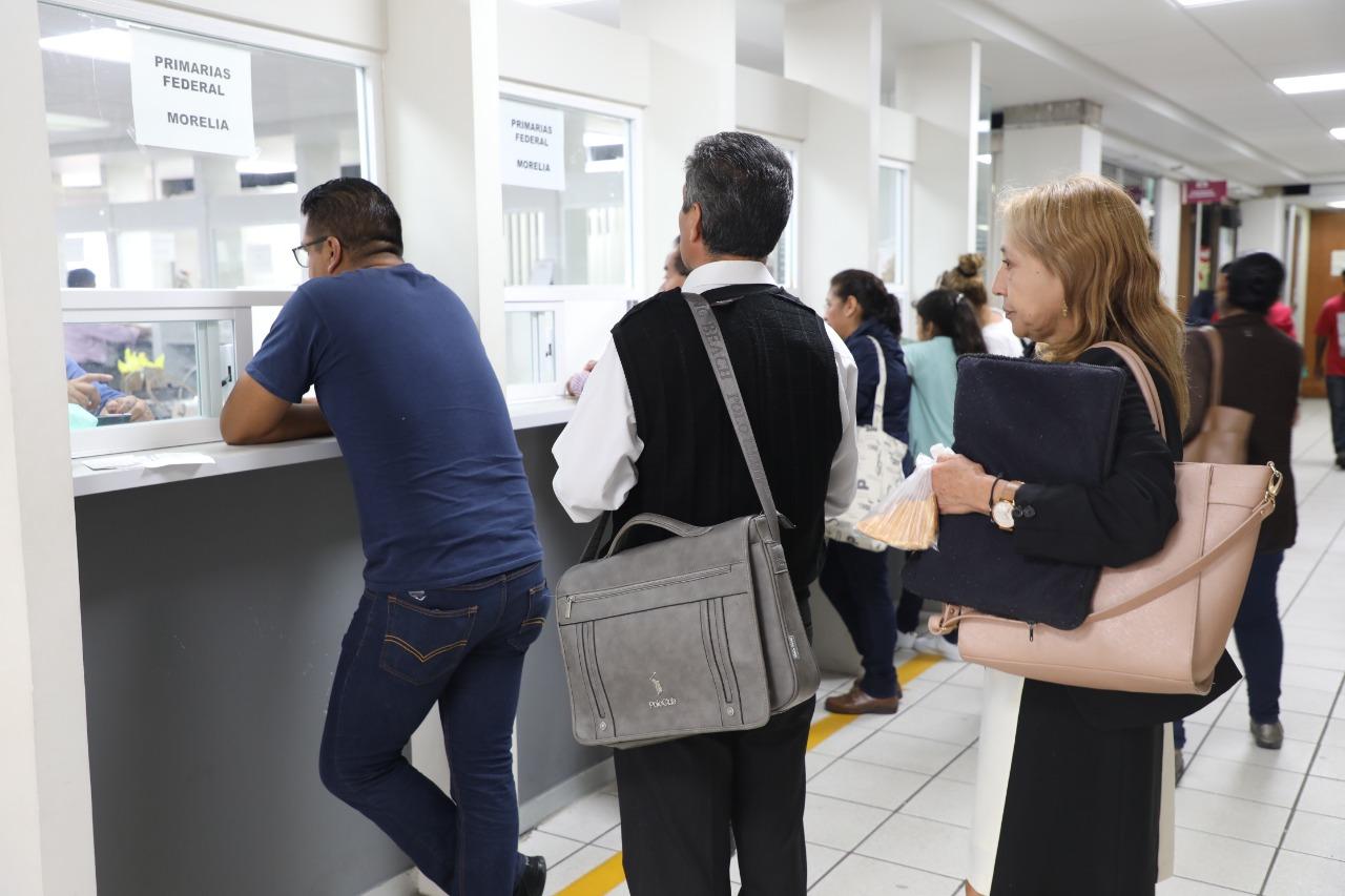 Pago a docentes de Michoacán, sin contratiempo