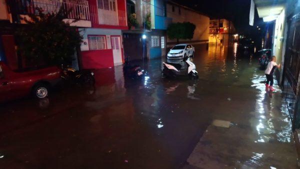 Lluvias generan afectaciones en 10 colonias de Zamora