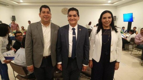 Municipios limitados en recursos federales para obra pública: Arturo Hernández