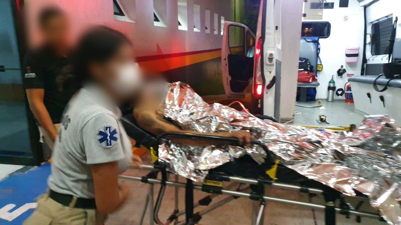 Joven grave tras ser atacado a tiros en Lomas de San pablo, Jacona