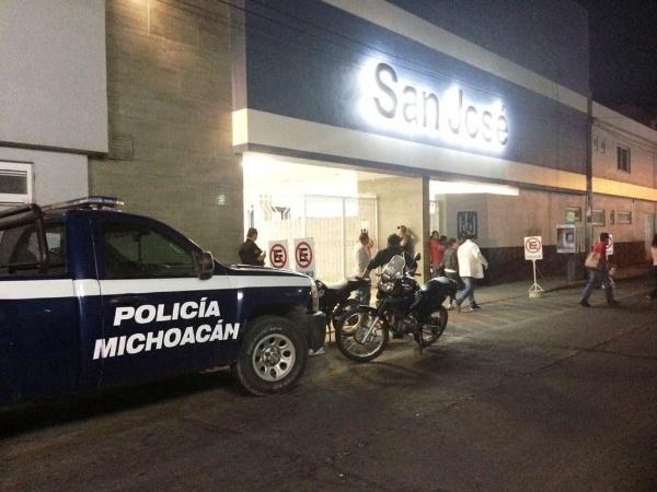 Joven mujer es baleada en Jacona y llega en taxi a hospital de Zamora