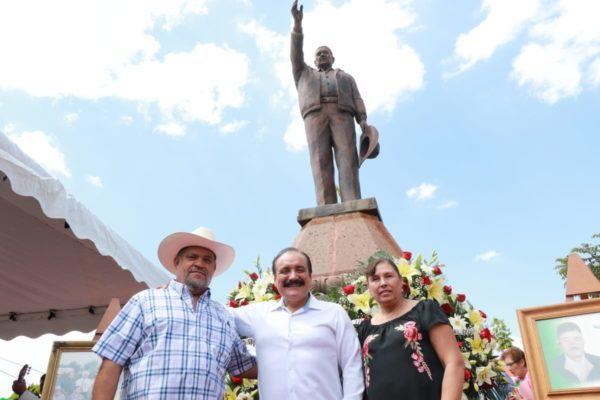 Celebran Aniversario luctuoso de J. Guadalupe y Maximiliano Rodríguez