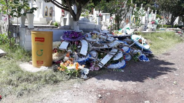 Labor conjunta de limpieza en Panteón de Jacona para evitar dengue