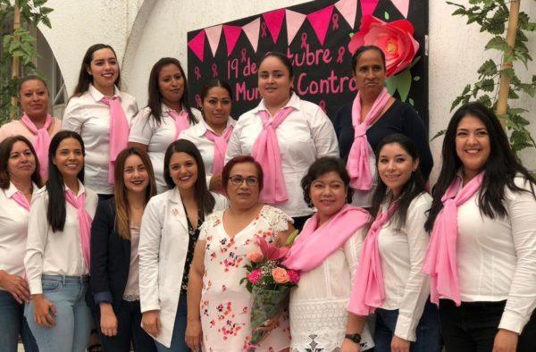 Gobierno de Ecuandureo prepara eventos del Mes Rosa, con motivo de la lucha contra el cáncer de mama.