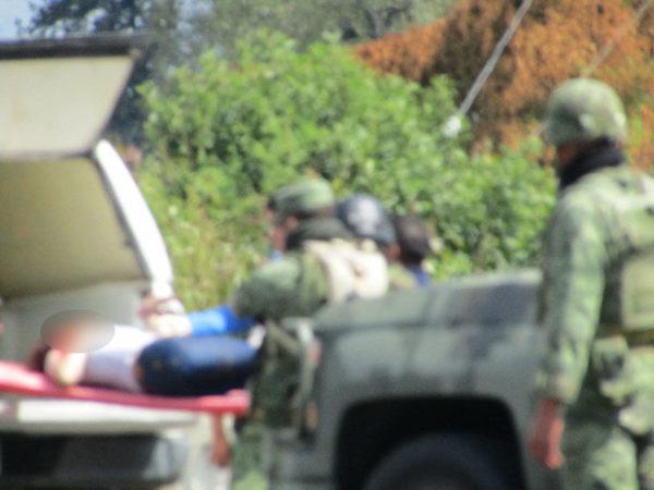 Joven mujer es asesinada de un balazo en la cabeza en el Libramiento de Zamora