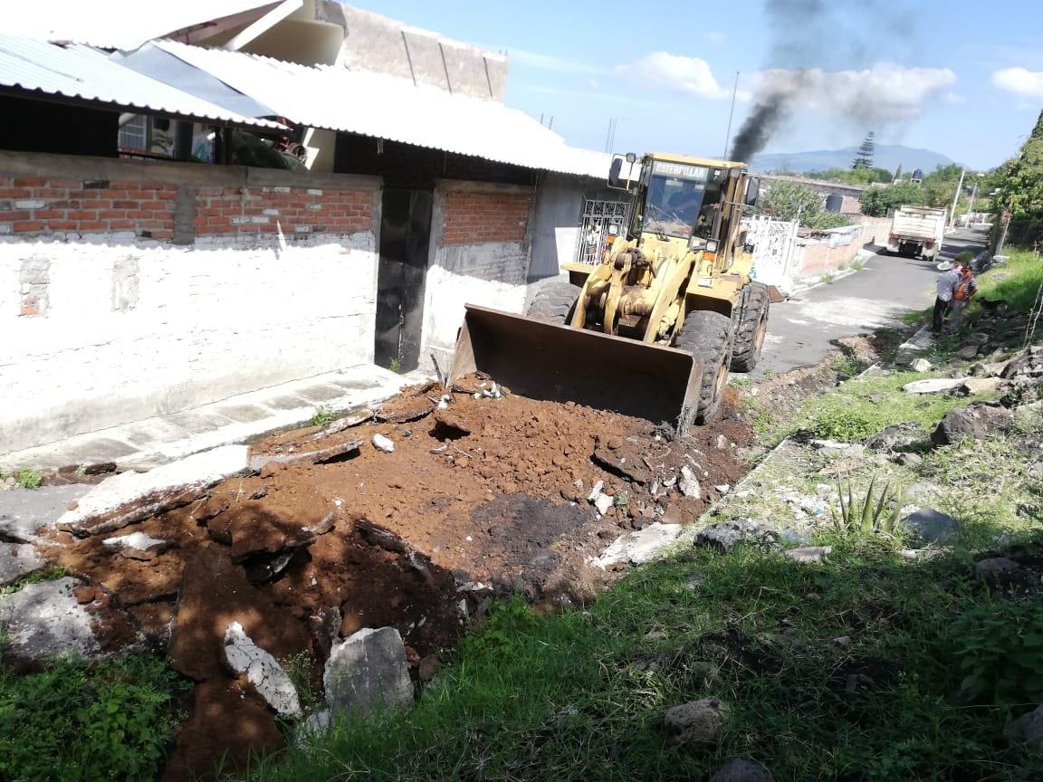 Eliminan riesgo de aguas broncas que bajan del cerro en La Ladera.