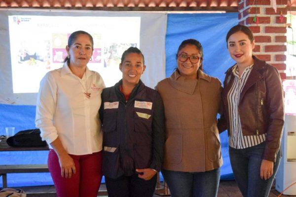 Capacitan a integrantes del sector restaurantero en Tangancícuaro