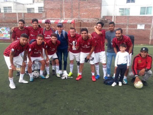 Napoli y Caballos Truking campeones del torneo de futbol 7