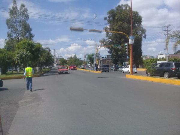 Atiende el Ayuntamiento la semaforización de la ciudad