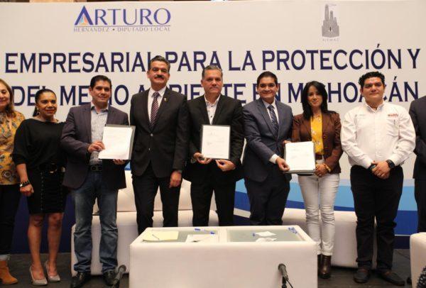Unen esfuerzos Arturo Hernández, empresarios,  y gobierno del Estado,  en pro del medio ambiente