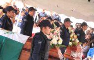 Garantizan pensiones a familiares de policías caídos en cumplimiento de su deber.