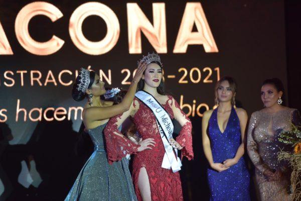 ESPECTACULAR FINAL DE MEXICANA UNIVERSAL EN JACONA