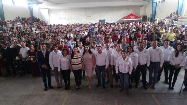 Jacona de fiesta, contraen matrimonio civil 60 parejas de manera gratuita