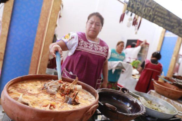 Sabores y cultura michoacana, el toque especial en Congreso y Campeonato Nacional Charro