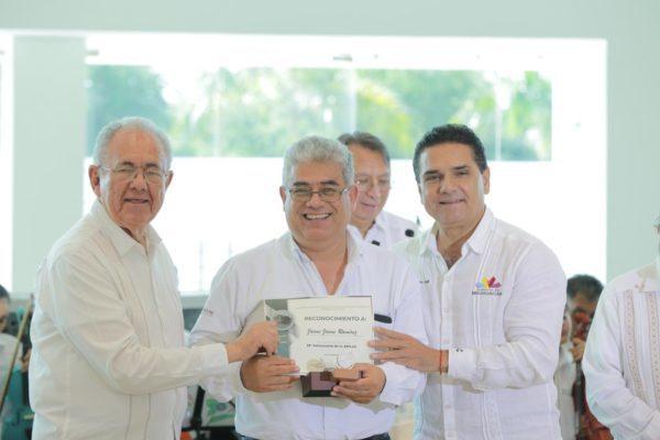 Hacer al Puerto LC el más importante del país, tarea conjunta: Silvano Aureoles