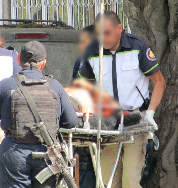 Hombre es baleado mientras limpiaba garbanza en la Valencia Segunda Sección