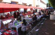 """""""El Bazarcito"""" oferta productos y artículos a zamoranos y visitantes"""