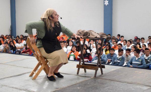 "Presentan obra de Teatro ""Ansiedad"" para evitar matrimonios a temprana edad"