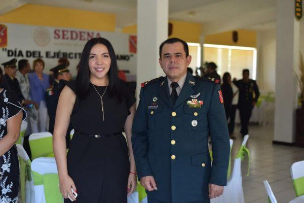 PRESENTE ADRIANA CAMPOS EN ANIVERSARIO DEL EJÉRCITO MEXICANO