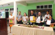 Gobierno de Tangamandapio firma convenio con ICATMI